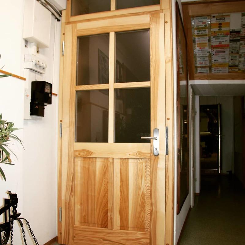Haustür aus Esche